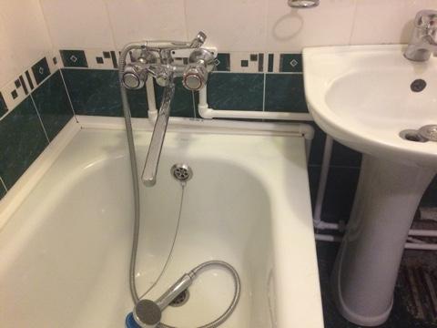 монтаж ванны в квартире
